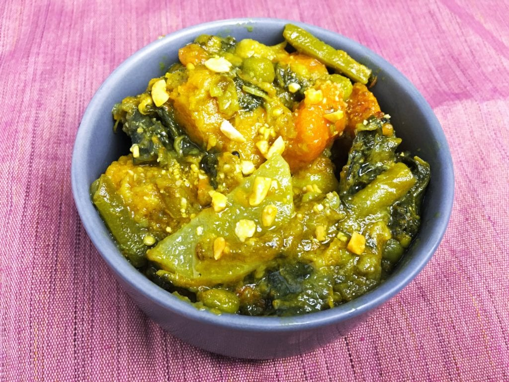 Panchmishali (Bengali Style Mixed Vegetables)