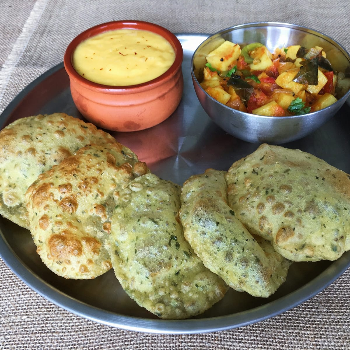 Fenugreek leaf poori