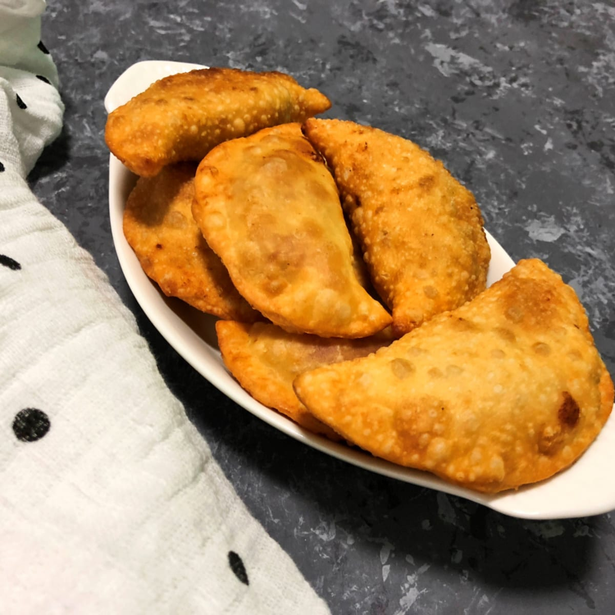 Fried Sweet Dumplings (Kadubu)
