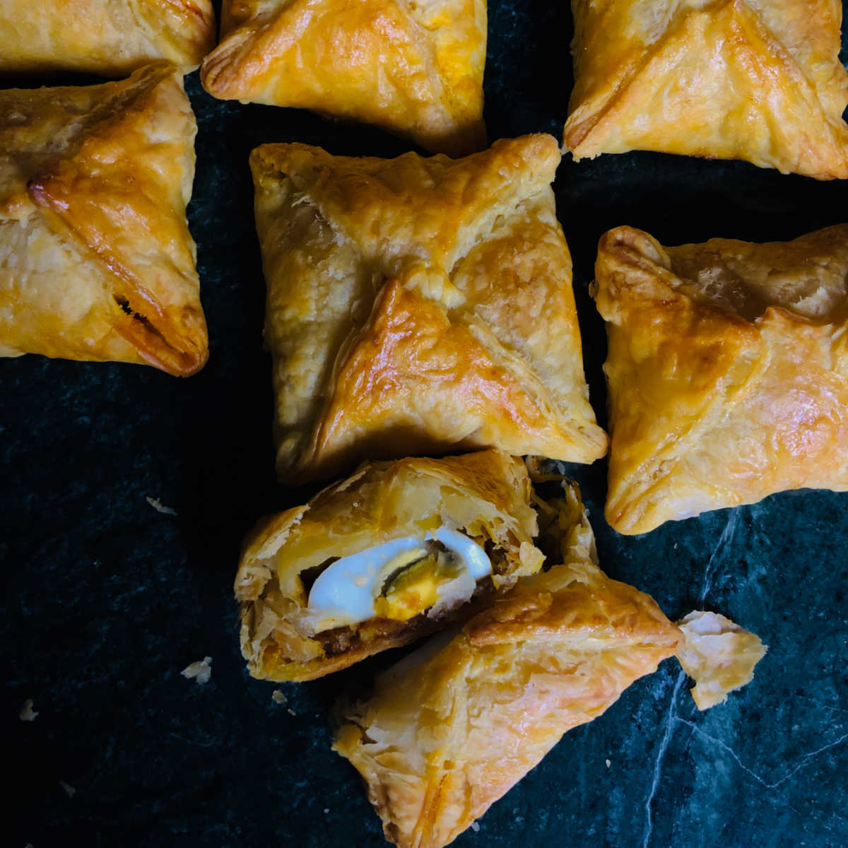 Egg Puff | Bakery style Egg Puffs